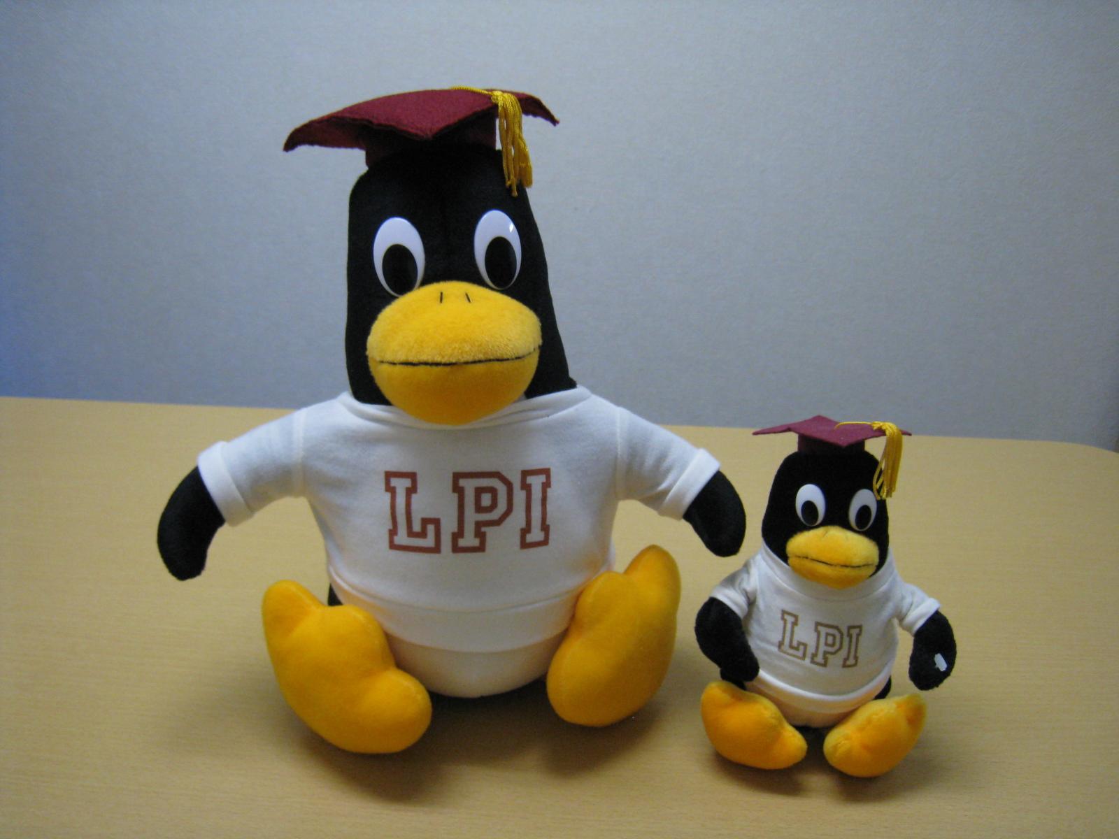 LPIのLPICくん(正面)